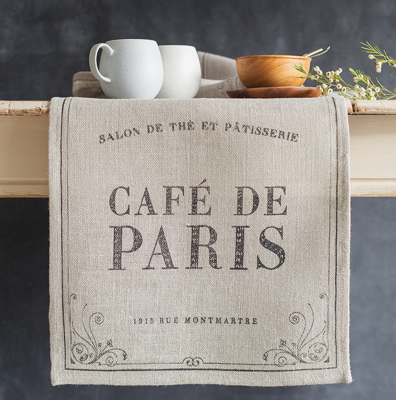 cafe de paris runner
